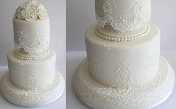 lace piping byThe Cake Artist, Melanie Marley