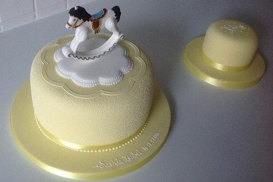 rocking horse cake and smash cake by Scattercake UK