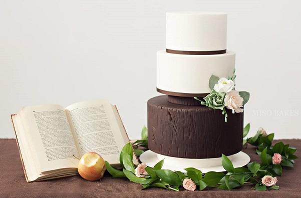 woodgrain wedding cake by Miso Bakes, Sylvia G Photography