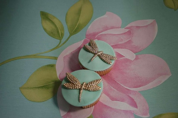dragonfly cupcakes from Elizabeth's Cake Emporium