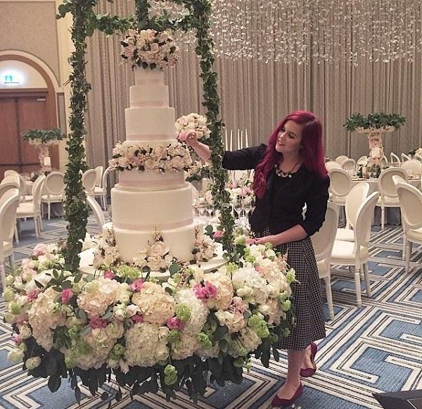 hanging wedding cake garden style by The Caketress