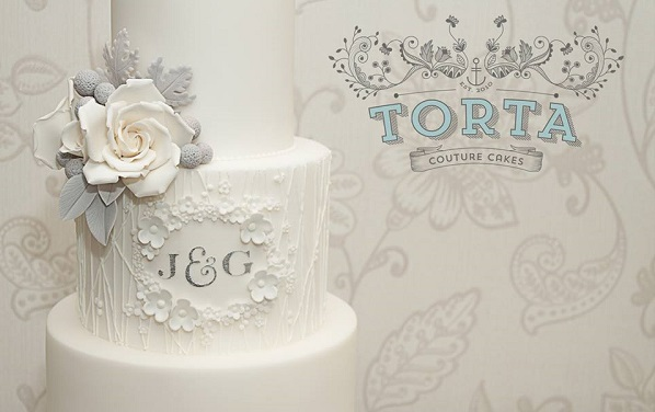 piped woodgrain effect wedding cake by Torta Couture Cakes