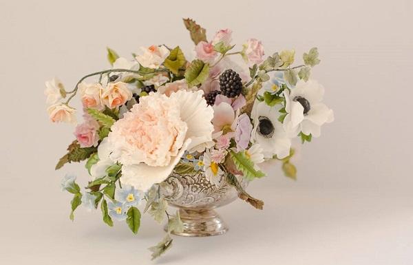autumn sugar flower arrangement by Maggie Austin Cake