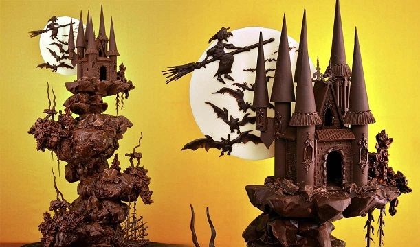 Halloween Haunted Castle Cake Tutorial