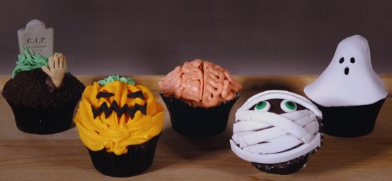 halloween cupcakes tutorials from It's A Baking Thing