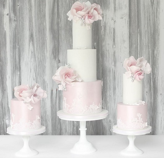 pale pink wedding cake trio with silver flower buds by Pasteles Alma
