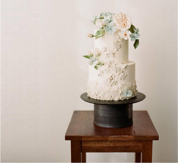 Bas relief wedding cake with David Austin roses (Juliet roses) and hydrangea by Tessa Pinner Cakes
