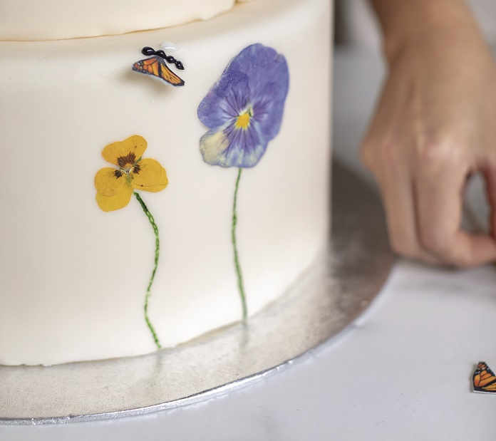 Wildflower Wedding Cake Tutorial, adding the butterfly wings