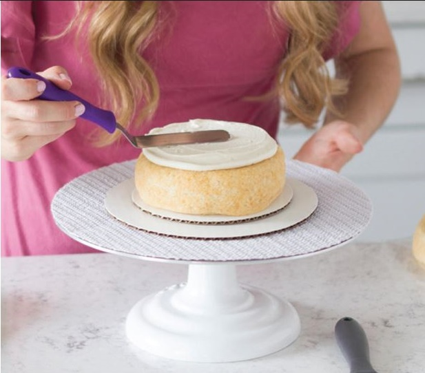 cake decorating for beginners step 6