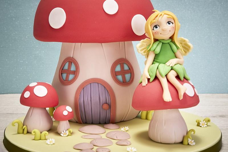 Fairy cake topper tutorial and fairy toadstool cake tutorial on Cake-Geek.com