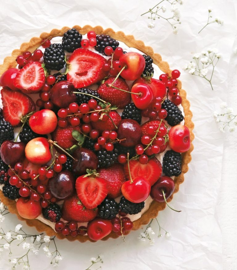 Summer Fruit Tart Recipe on Cake-Geek.com by Amy Ho of Constellation Inspiration