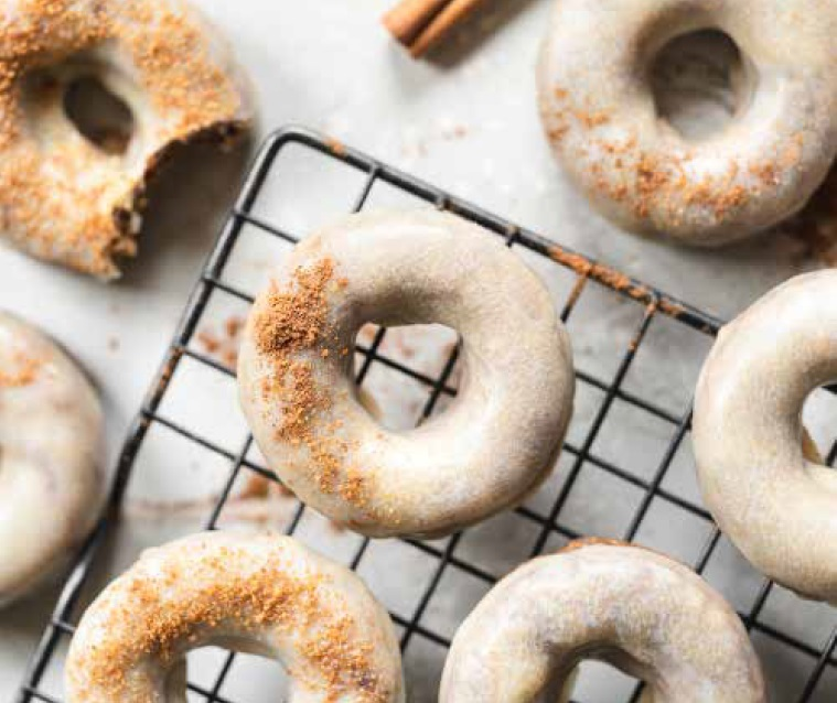 No Bake Vegan Donuts Pumpkin Spice Latte Donuts on Cake-Geek.com