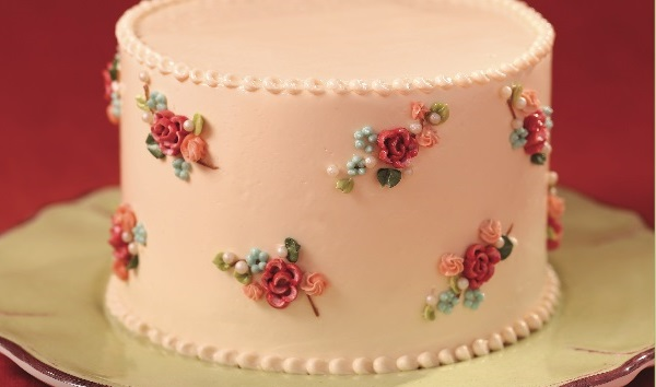 Piped cake tutorial on Cake-Geek.com by Carey Madden