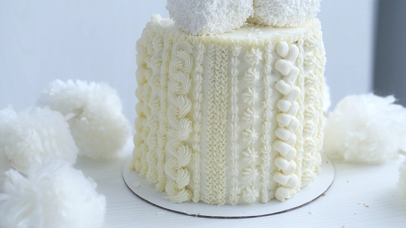 Buttercream cable knit cake tutorial on Cake-Geek.com